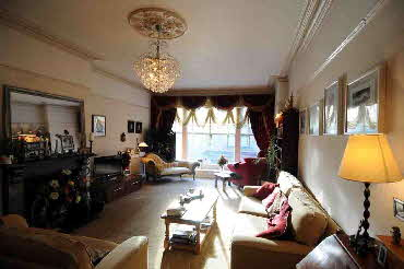 The Lounge, Garnett B&B